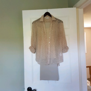 Ladies outfit, camisole , pants. size 8-6 ish. ( medium)  pretty