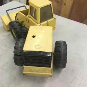 Vintage Mighty Tonka Tin Toy Loader Regina Regina Area image 4