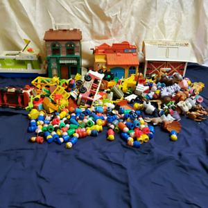 250 pieces Fisher price vintage Little People