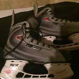 Boys hockey skates for sale