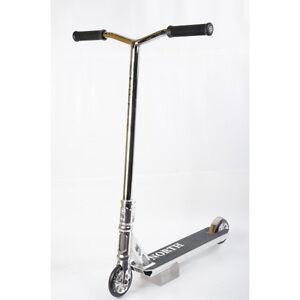 Trottinette freestyle North Tomahawk chrome