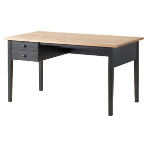Bureau ( pupitre ) noir IKEA ARKELSTORP ( 3 mois d'usure )