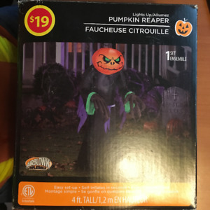 LIGHT UP PUMPKIN REAPER HALLOWEEN INFLATABLE