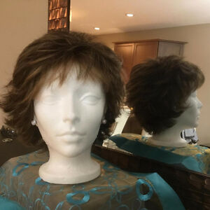 Beautiful Wig. BUSINESS UP FRONT AND PARTY IN THE BACK Regina Regina Area image 2