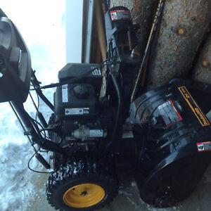 "Estate sale Poulan Pro 24"" snowblower electric start excellent"