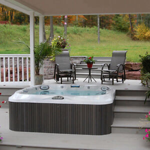 SALE on Jacuzzi J-345 and J-345 hot tubs!!
