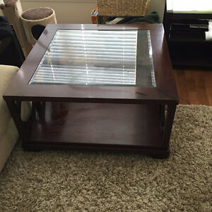 Solid wood coffee table North Shore Greater Vancouver Area image 2