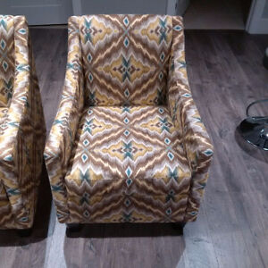 2 Brentwood Classic Millie Style Chairs with Exotic fabric look