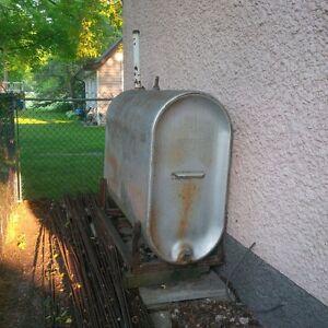 200 galon oil tank
