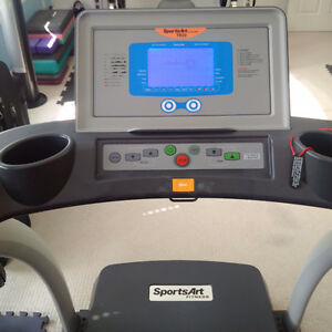 SportsArt TR20 treadmill Kitchener / Waterloo Kitchener Area image 2