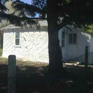 Taking Offers on House in Donalda Strathcona County Edmonton Area image 2