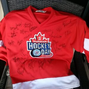Hockey Day Night in Cda Jersey 25 Players Signed + Bobblehead