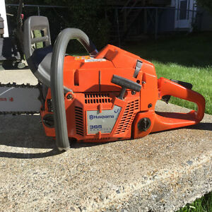 Husqvarna chainsaw in excellent condition