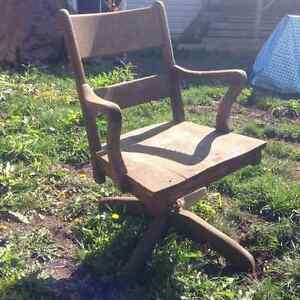Solid Oak Swivel Chair