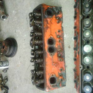Small Block Chevy 2.02 Cylinder Heads 3947041