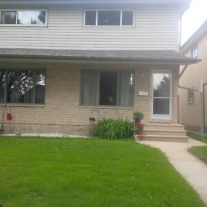 Spacious Renovated SXS Duplex for rent