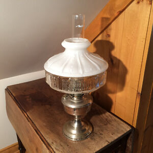LAMPE À L'HUILE ALADDIN