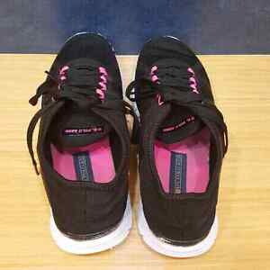 Womens U.S. Polo Sneakers Size 10 Downtown-West End Greater Vancouver Area image 2
