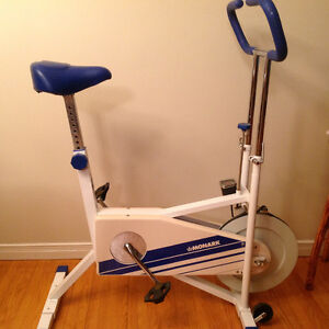 Monark upright exercise bike