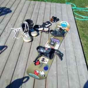 Snowboard, Boots, Bindings, mitts