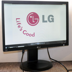LG Flatron E2210 Widescreen 22 inch LED Monitor for Computers