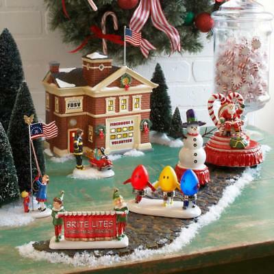 Dept 56 CHRISTMAS PARADE SANTAS FLOAT, SNOWMAN, MARCHING BULBS, BANNER Village *