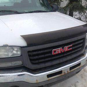 2003 gmc 4.8 v8 4x4. For parts only