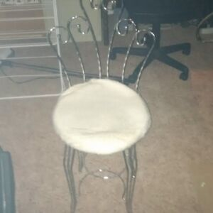 Silvered coloured makeup desk chair