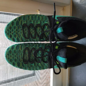 """KD 9, """"Birds in paradise"""" colorway, perfect condition"""