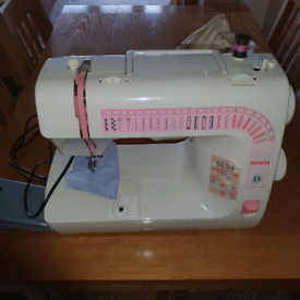 Sewing machine Toyota SL24