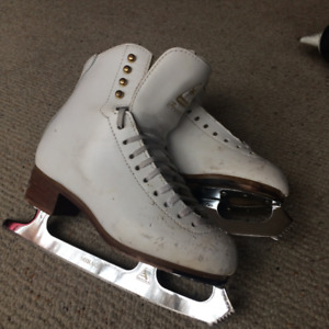 Jackson Freestyle Figure skates