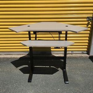 Adjustable Height Desks for SALe