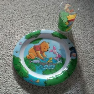 Winne the Pooh plate and cup set