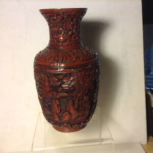 Chinese Antique Carved Wood Brown Cinnabar Vase Figures 清代     Q