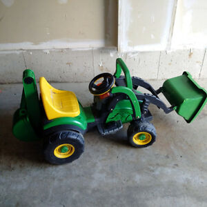 John Deer utility tractor with loader and backhoe Kitchener / Waterloo Kitchener Area image 1
