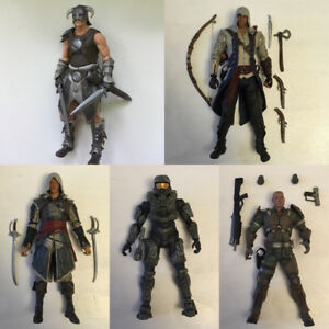 5 Video Game Action Figures Skyrim Halo Assassins Creed Lot