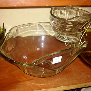 Indiana Glass Chip & Dip Bowls Set