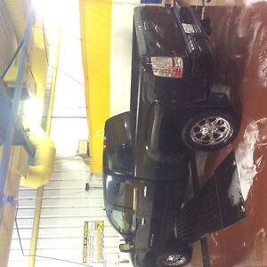 2012 GMC Sierra 2500 Denali Pickup Truck