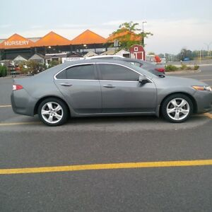 2009 Acura TSX Navi. Package
