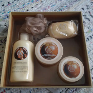 Brand New Shea Body Shop gift set, never opened, never used