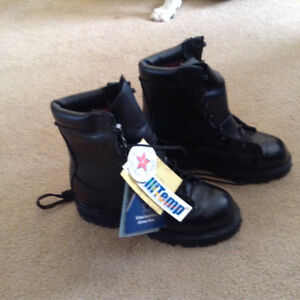 "NEW (Tags On) CORCORAN / MATTERHORN 8"" FIELD BOOTS (Size 6)"