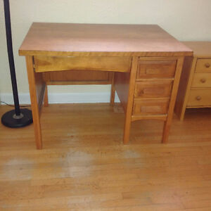 Solid wood desk, good condition