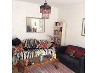 **Kensal Rise** Double room in a flat with Living room.. For single person only.. Pets welcomed