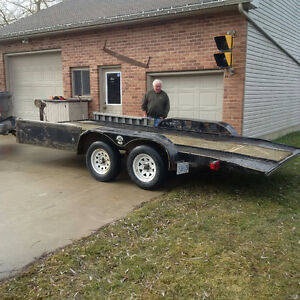 2005 CAR TRAILER WITH ELECTRIC BRAKES AND WINCH