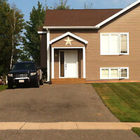 Fantastic open concept starter home in the Moncton North area!!
