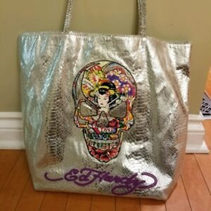 ED HARDY METALIC HAND BAG IN EXCELLENT CONDITION