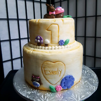 Custom cakes, cupcakes, cookies, tres leche cake and much more.