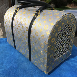 Louis Vuitton-Inspired Dog/Cat carrier by La Dosha West Island Greater Montréal image 2