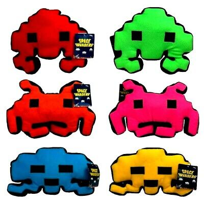 SPACE INVADERS CUSHIONS / SPACE INVADERS PLUSH - SET OF SIX -...