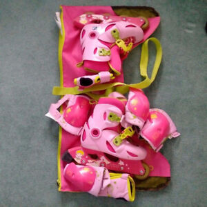 Oxelo Size 30-32 Girls Roller Skates & Protection Set Combo!​